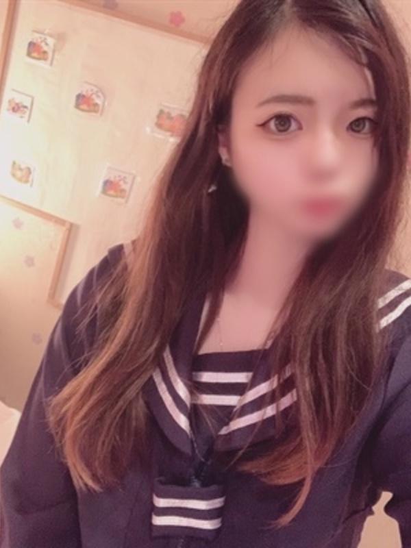 しおり【18歳プレミア処女】