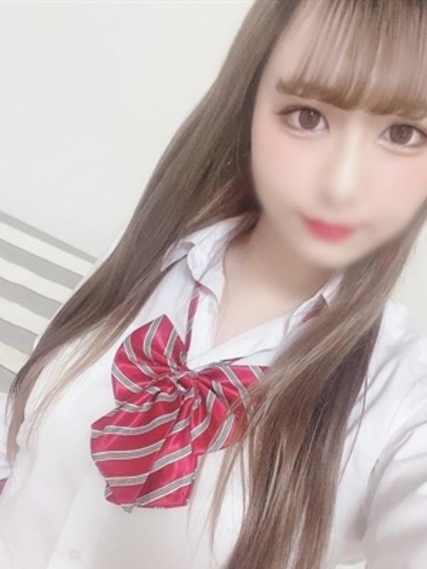 れみ【パイパン痴女の顔面騎乗!